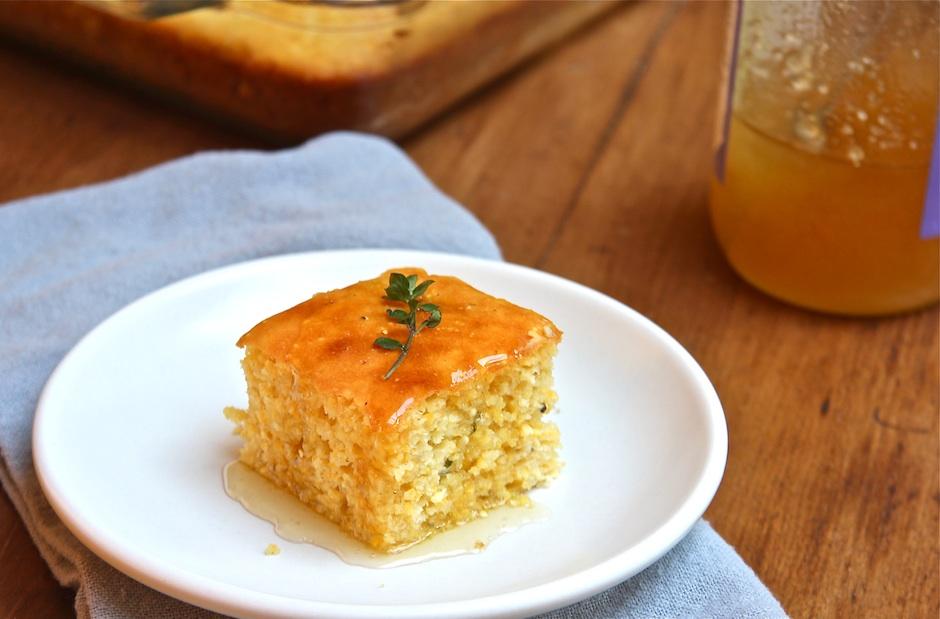 Honey – Thyme Cornbread