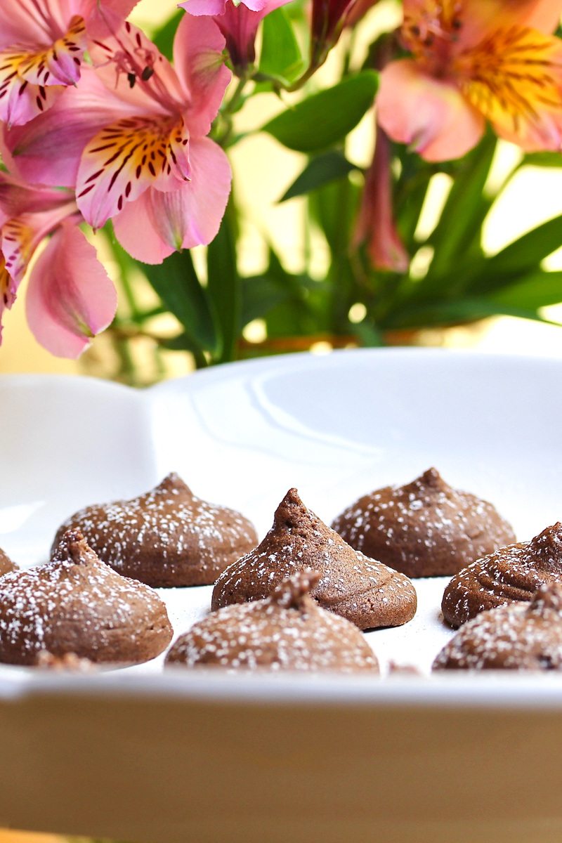 Melt-in-your-mouth chocolate peanut butter drops.