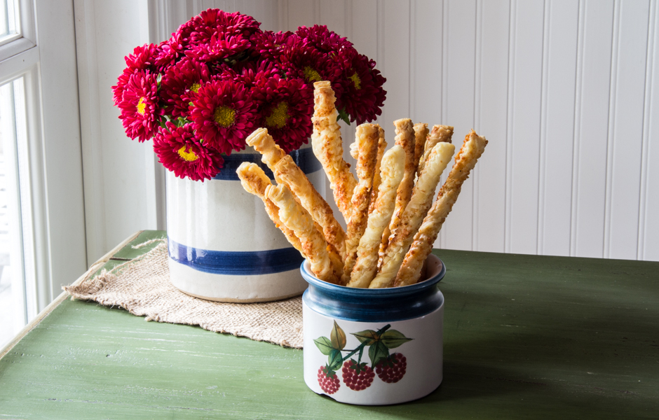 Spicy Cheese Twists