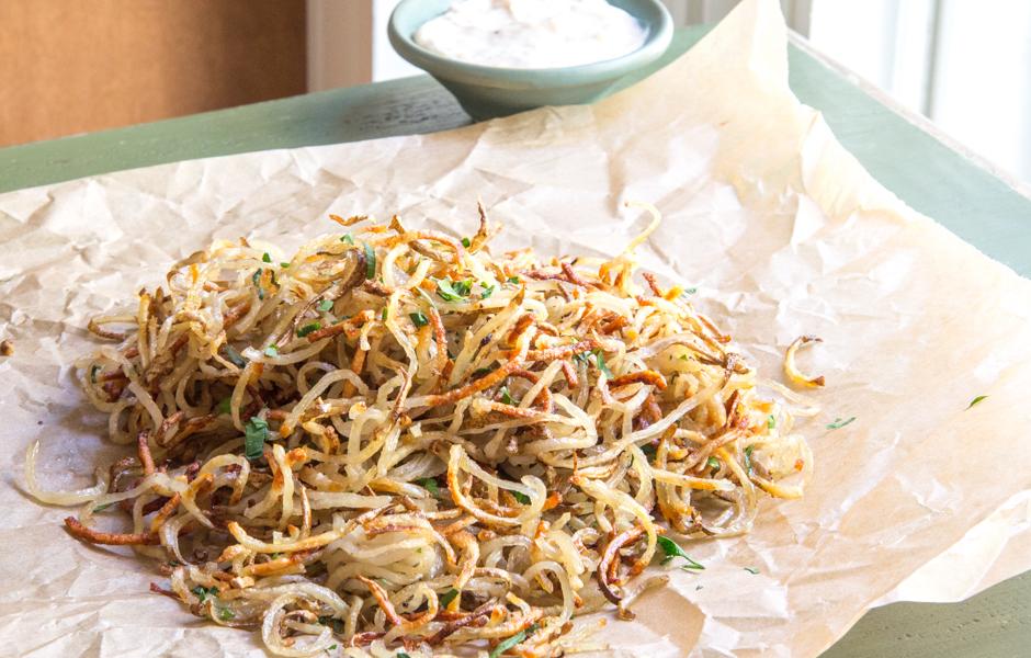 Spiralized Shoestring Garlic Truffle Fries